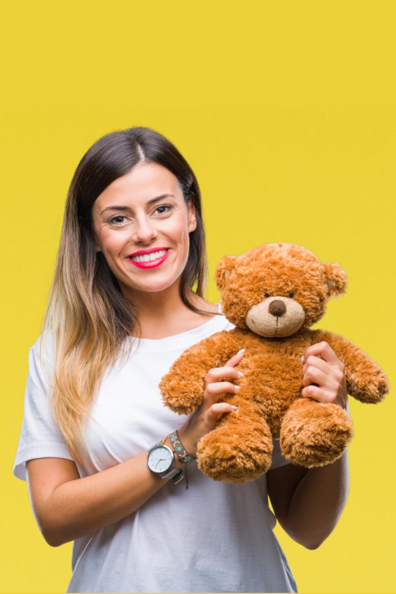 womanwithteddy2